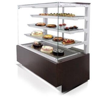 кондитерская витрина с десертами